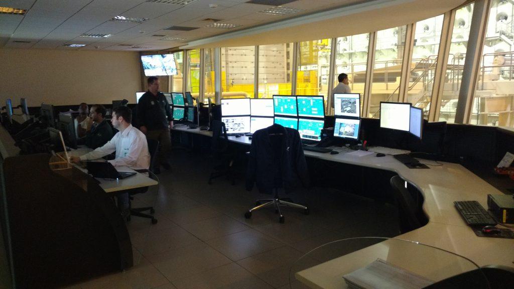 Central de operações da fábrica da Klabin em Ortigueira