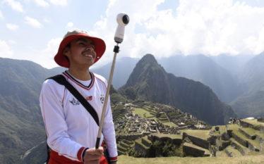 Material de divulgação da Samsung Smart School, no Peru, inclui vídeo com imagens gravadas em Machu Picchu, a